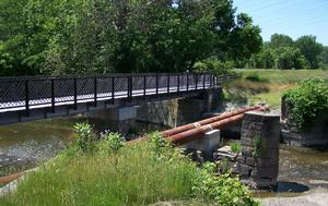 Tinker's Creek Aqueduct, looking North - June, 2008.